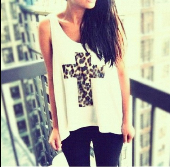 white top patterned cross tank top