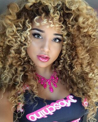 make-up jadah doll makeup jadah doll hairstyles curly hair necklace statement necklace black top jadah doll brand