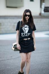 inspades,blogger,t-shirt,skirt,shoes,bag,jewels,sunglasses