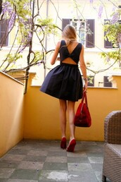 dress,blue dress,little black dress,cut-out,pretty,bow,short dress,shoes,black dress,pinterest