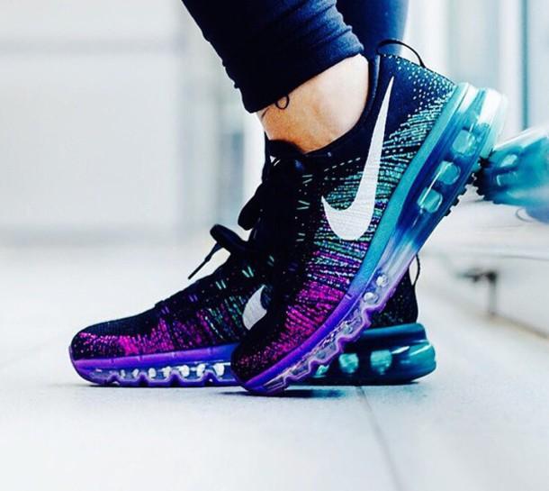 Nike Flyknit Air Max 2015