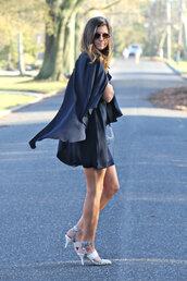 to be bright,blogger,dress,navy,flowy,sandals,bag,shoes