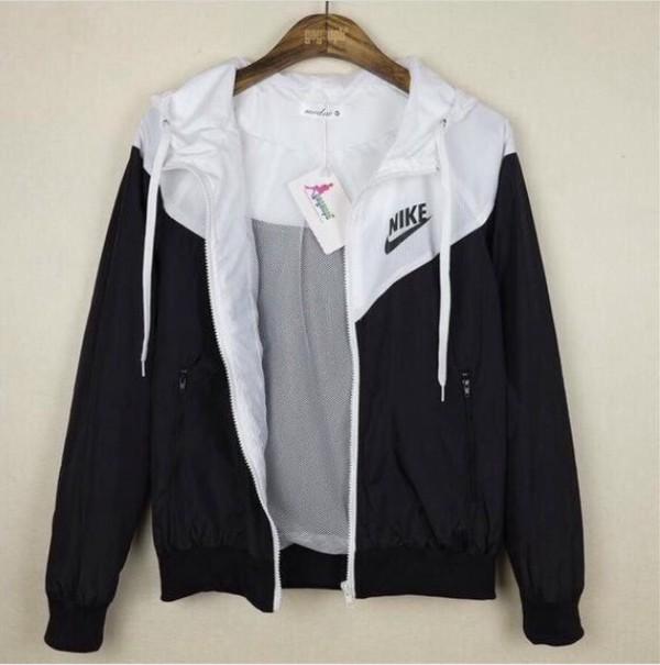 Nike WindRunner Women&39s Jacket Windbreaker Hoodie Black White