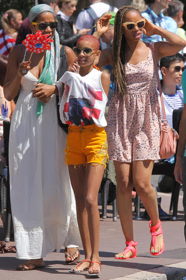 blouse willow smith shorts