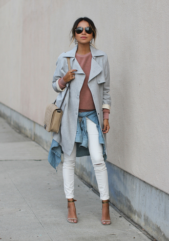 sincerely jules blogger sweater ripped jeans white jeans trench coat sandals