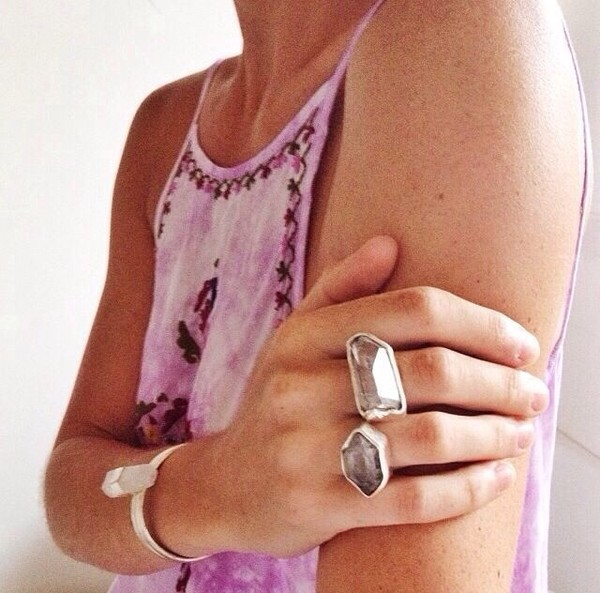 jewels ring bracelets blouse tank top pink shirt top boho boho chic pink shirt fashion summer outfits surf gypsy tie dye broderie hype rings and tings rings cute summer rings silver rings & tings rings and jewelry hand jewelry stone ring stone jewelry style style trendy stylish trendy trendy girly cute indie tumblr cool summer tumblr clothes girl blogger instagram pretty acacia beautiful gorgeous crystal quartz urban on point clothing