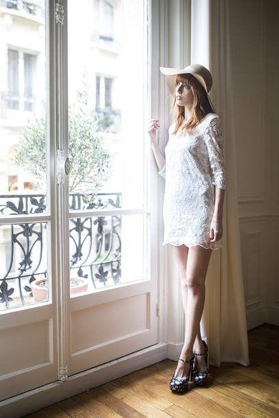 miss pandora blogger dress hat mini dress lace dress white lace dress white dress