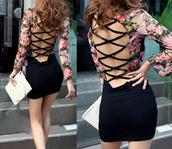 dress,open back,black dress,floral dress,long sleeves