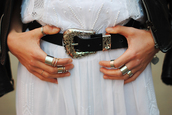 belt,fashion,beautiful,trendy,hipster,classic,ring,accessories,dress,jacket,leather,amazing,silver,black,white,boho,hippie,jewels