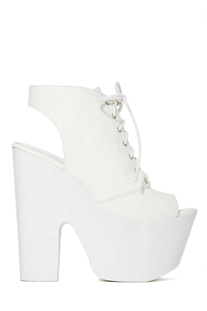 Shoe Cult Rising Up Platform Sandal at Nasty Gal