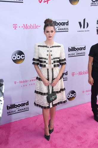 blouse skirt two-piece billboard music awards midi skirt pumps maia mitchell shoes