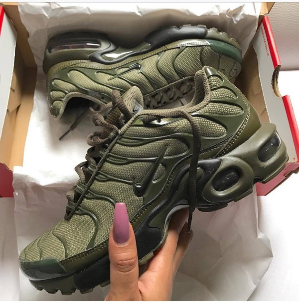 clearance nike air max plus tuned 1 tn olive green e317d 45032