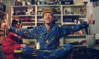 underwear boy batman pajamas pants chanson clip bleu noir jaune grenouillére
