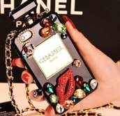 phone cover,chanel,chanel phone case,perfume bottle case,chanel inspired,perfume,perfume iphone case,chanel perfume bag,perfume case,perfume shaped,white,coco chanel parfume,chanel parfum case,ipadiphonecase.com,chanel perfume bottle