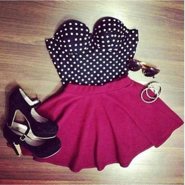 t-shirt top polka dots polka dot top vintage Pin up skirt pink pink skirt black white brown sunglasses sunglasses jewelry high heels blouse pretty flowy clothes tank top polka dots shoes crop tops bustier strapless shirt dress pois red red skirt heart lovely burgundy skater skirt classy short style
