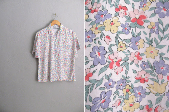 vintage '80s white FLORAL GARDENING short sleeve by darlingvintage