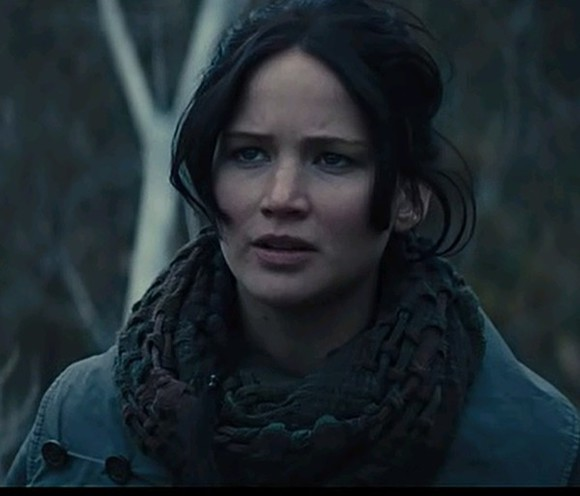 the hunger games jennifer lawrence scarf clothes