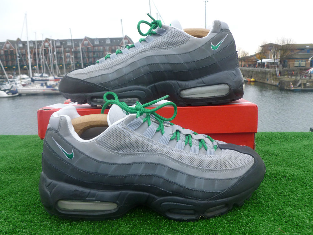 Authentic nike air max 95 110's men's trainers size uk 10
