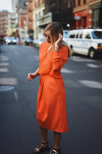 en vogue coop blogger orange orange sweater orange skirt bright colorful black sandals