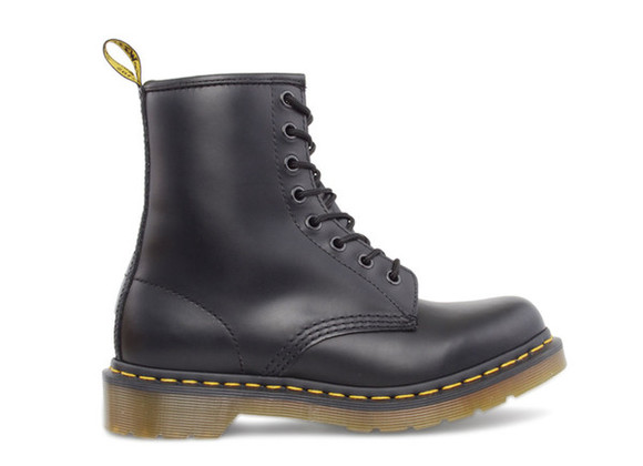 shoes boots DrMartens lace boots