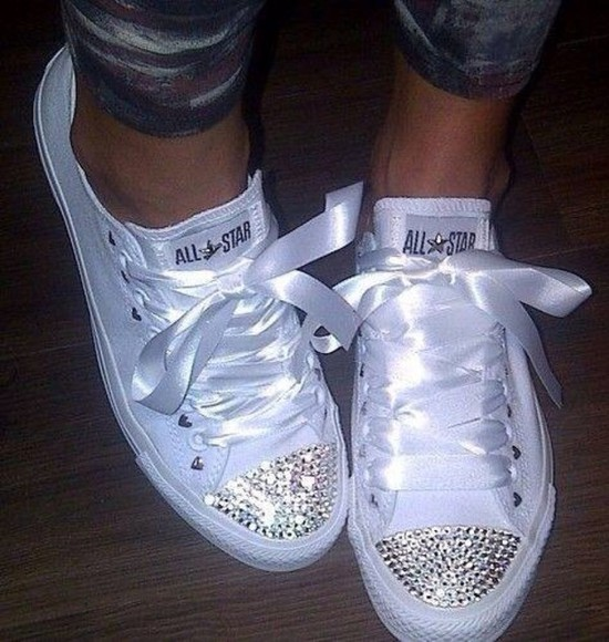 ribbon converse sparkles need it please shoes converse white silk converse shoes glitter shoes bow shoes sparkling shoes white chuck taylor all stars chucks converse bling-bling
