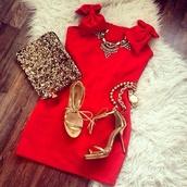 dress,off the shoulder,red carpet,bows,alexa chung,alexa chung dress,bag,jewels,mini