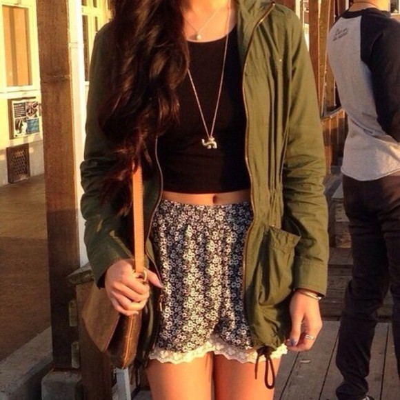 jacket edgy fall outfits girl military floral shorts