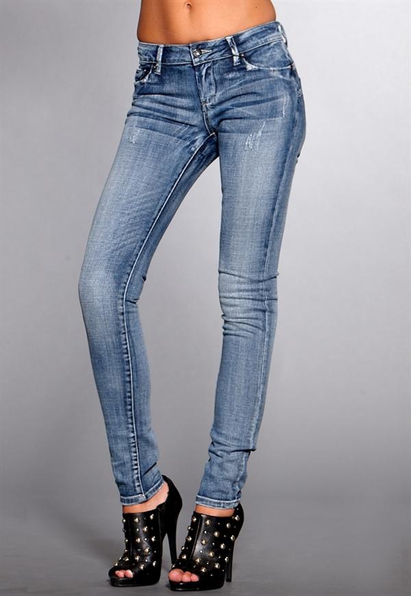 VILA Beyonce Push Up Jeans - Bubbleroom