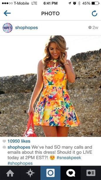 dress yellow dress style