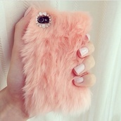 phone cover,fluffy,pink,technology,bag,pink fur,iphone cover,phone,love,iphone,fashion,make-up