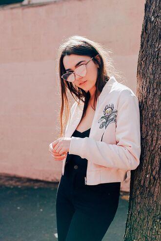 jacket tumblr bomber jacket pink bomber jacket pink jacket embroidered jacket embroidered jeans black jeans top black top sunglasses mirrored sunglasses gold sunglasses cat eye