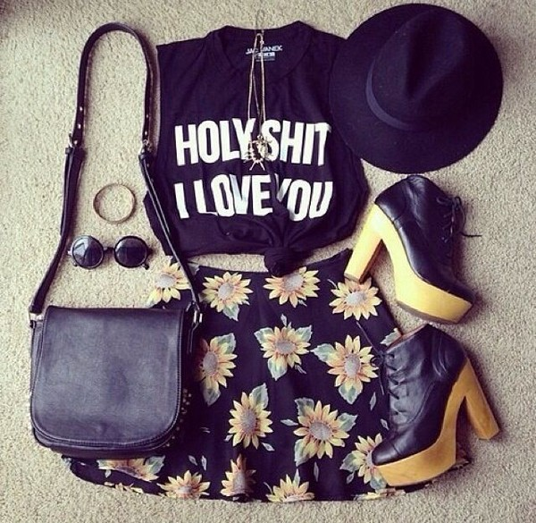 tank top ily i love you black shirt black shirt white letters black hat black bag flower shorts black flower shorts black shorts cute amazing pretty outfit yes please bag shorts hat sunglasses