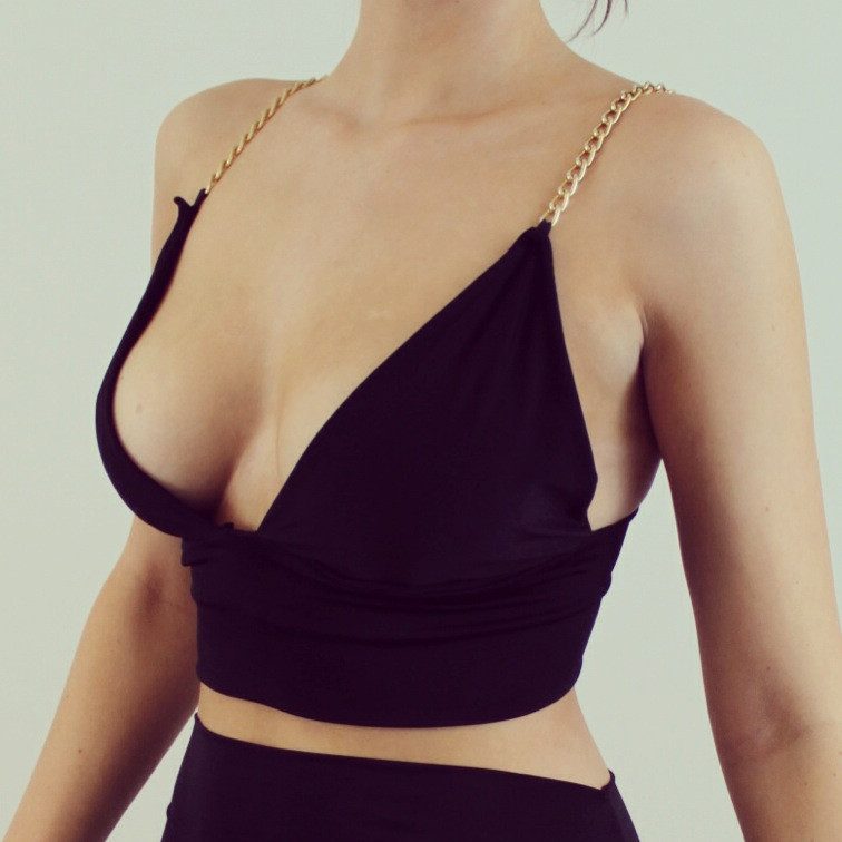 Cali Chain Crop Top – Boom Boom Boutique