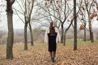 iemmafashion blogger blouse pants shoes jewels