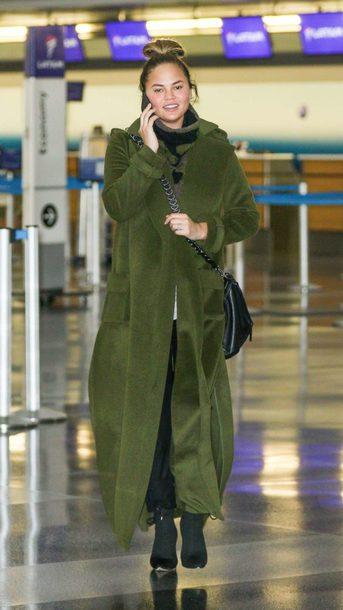 coat fall outfits chrissy teigen