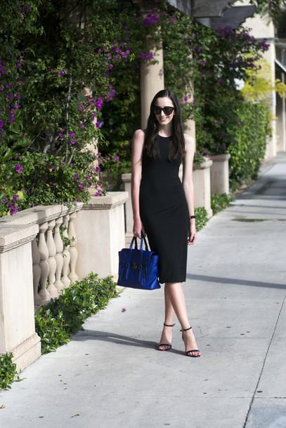 the glam files blogger dress bodycon dress blue bag classy black dress