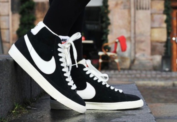 shoes nike shoes black and white