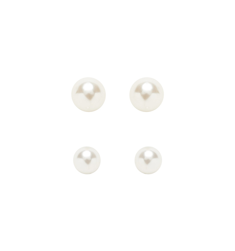 Pearl Set of Studs Buy Dresses, Tops, Pants, Denim, Handbags, Shoes and Accessories Online Buy Dresses, Tops, Pants, Denim, Handbags, Shoes and Accessories Online