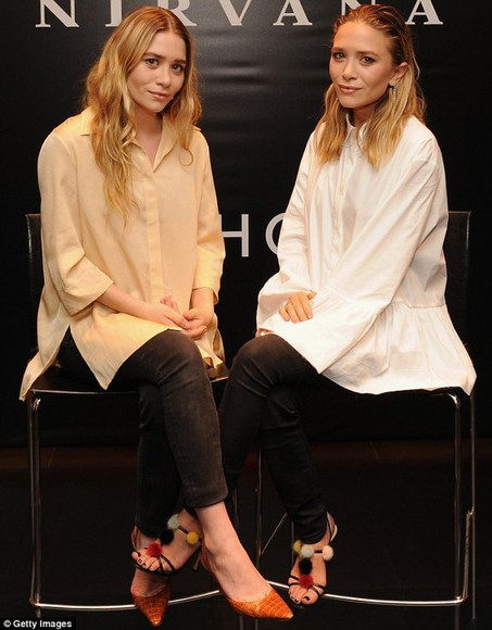 mary kate olsen ashley olsen olsen sisters shoes