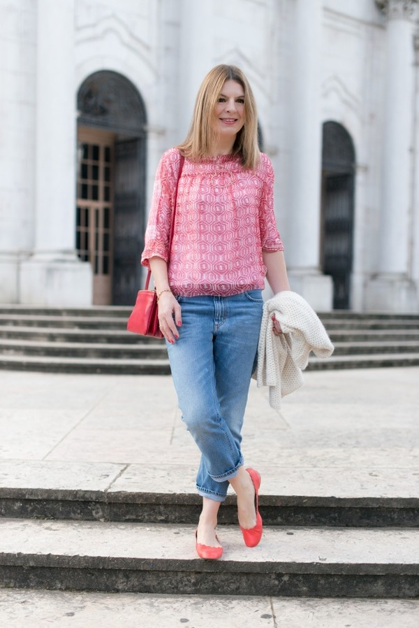 the working girl blouse t-shirt jeans bag sweater jewels