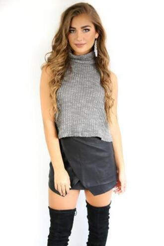 top amazing lace cropped turtleneck