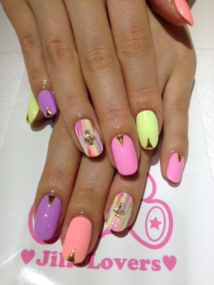 nail polish nails pink nails art neon cute
