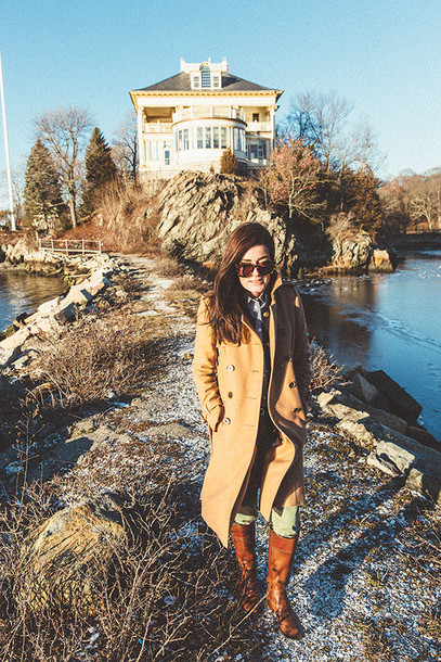 classy girls with pearls blogger pants camel coat brown leather boots weekend escape