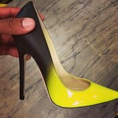 shoes,show off,high heels,sandals,designer,luxury,yellow,black,amzing,i want them