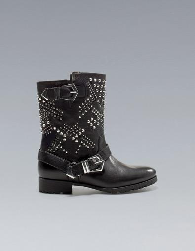 ffe6e96d8c5 BOTÍN MOTERO TACHAS - Botas y botines - Zapatos - Mujer - ZARA ...