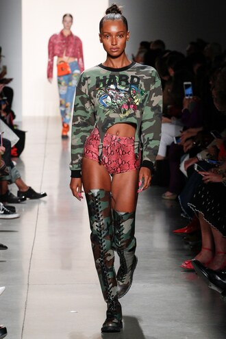 sweater sweatshirt top camouflage shorts boots jasmine tookes nyfw 2017 ny fashion week 2017 runway