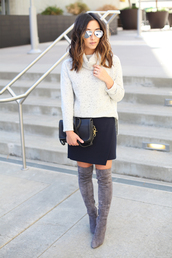 blogger,sweater,shoes,bag,sunglasses,jewels,white sweater,black skirt,mini skirt,black bag,knee high boots,suede boots,aviator sunglasses,silver sunglasses,turtleneck sweater,asymmetrical,over the knee boots,over the knee,grey boots,high heels boots,asymmetrical skirt,fall outfits
