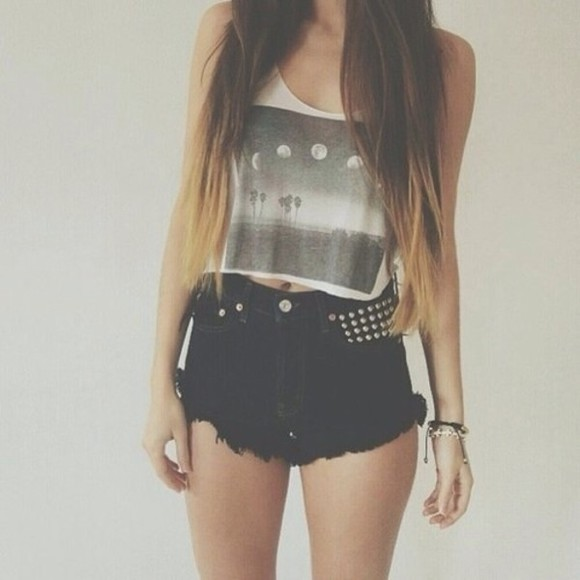 tank top young summer t-shirt cute black white short crop tops awesome :3 beauty moons india love outfits cute outfits shirt tank grey black and white blackwhite hair style blouse shorts girly indie grey gray t-shirts black shorts moon