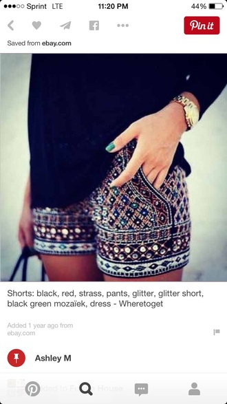 shorts pattern pockets