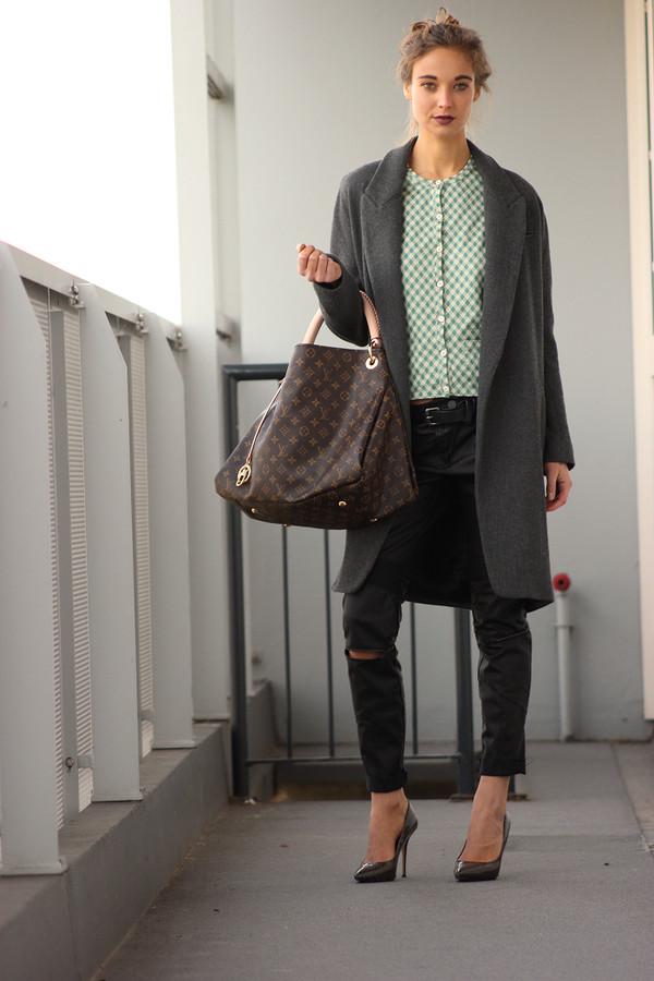 mode d'amour coat blouse pants belt shoes bag